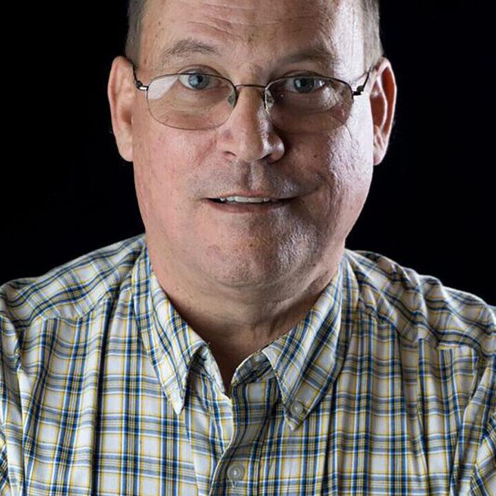 Steve Brouse Headshot2
